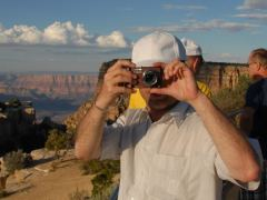 Stephan hinter Kamera (Standard-Ansicht) am Moran Point, Grand Canyon South Rim