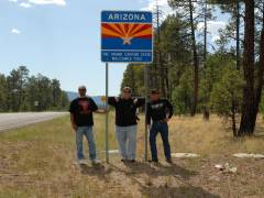 An der Staatengrenze New Mexico - Arizona, ohne die Harleys