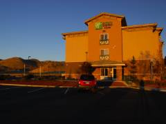 Holiday Inn Express in Tehachapi